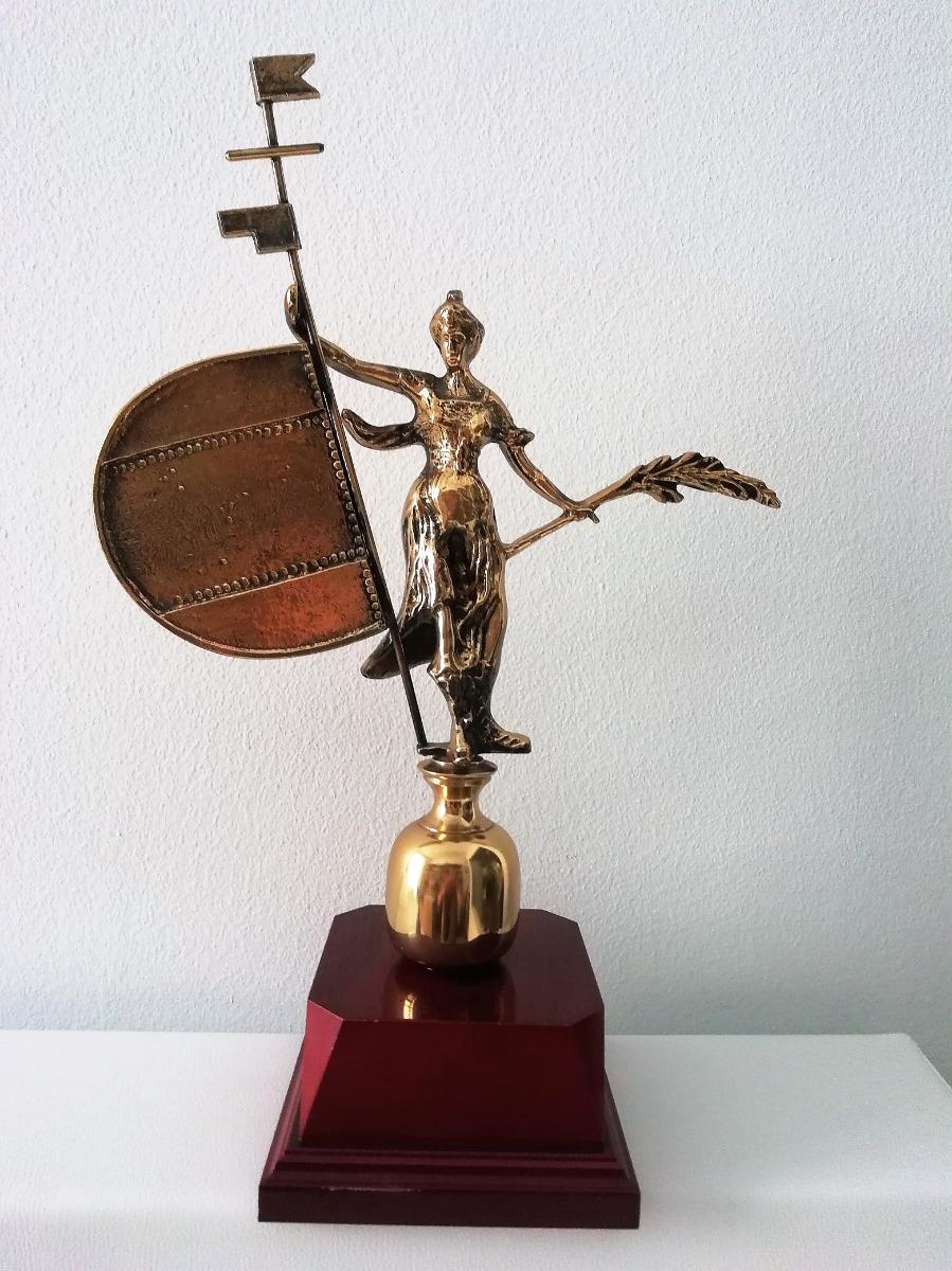 Escultura Giraldillo latón